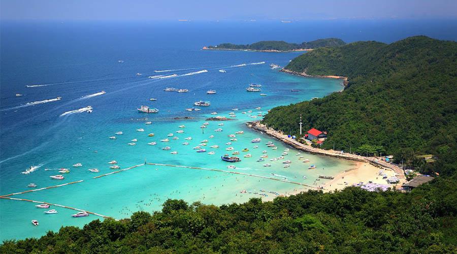 Tawan Beach, Koh Larn, Chonburi